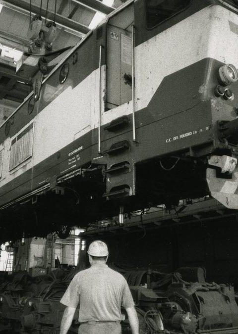 Corre la locomotiva