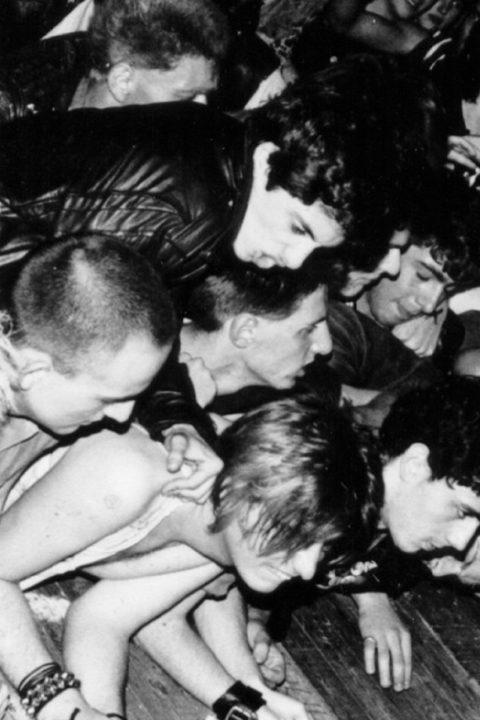 1977-1984, punk, rock e politica